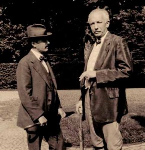 Hugo von Hoffmannsthal (l.) and Richard Strauss Photo © 195 Archives of the Salzburg Festval.