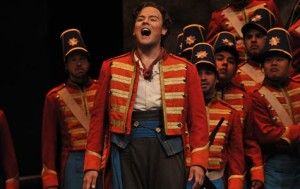 Fort-Worth-Opera-Daughter-of-the-Regiment-David-Portillo