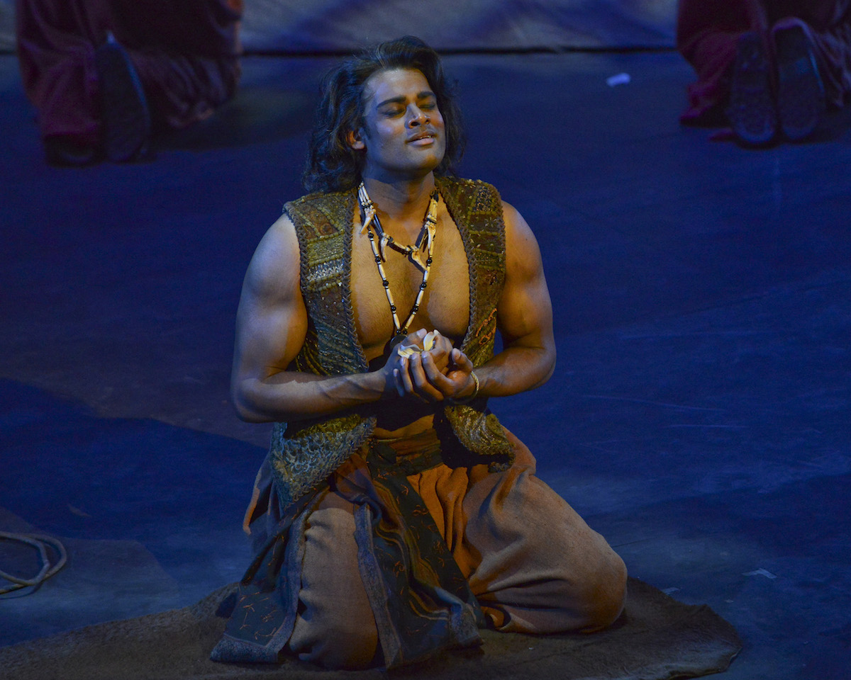 Sean Panikkar Stars in Fort Worth Opera Festival Opener - The Pearl Fishers