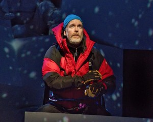 Kevin Burdette as Beck Weathers in Everest